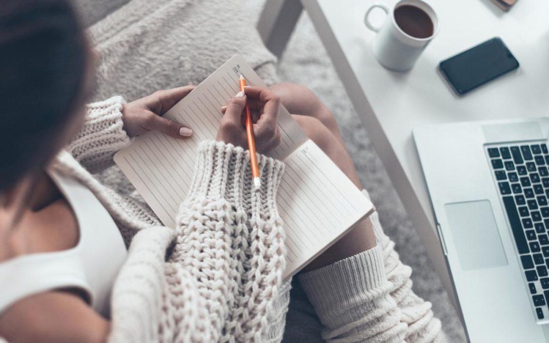 Kreatives Schreiben: 10 einfache Tipps, die deine Texte sofort verbessern – und dich authentischer machen
